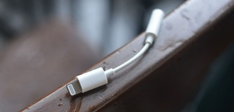 iPhone 7 headphone adaptor pictured