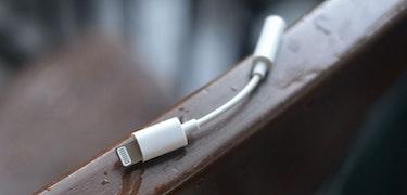 iPhone 7 headphone adaptor pictured