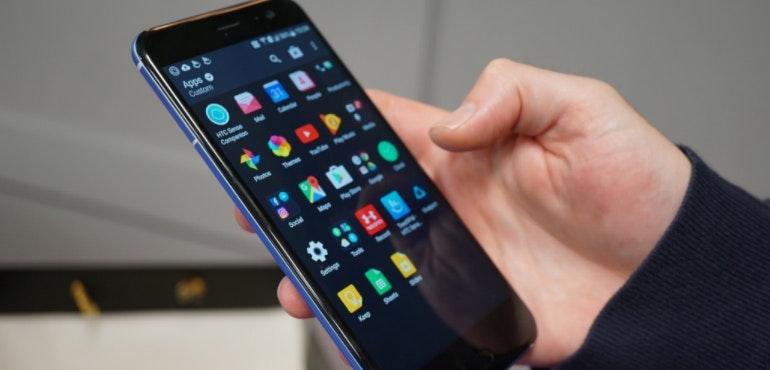 HTC U11 app tray