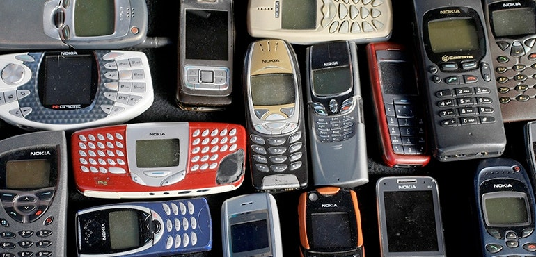 6 Ways Cell Phones Are Changing the World - Mental Floss