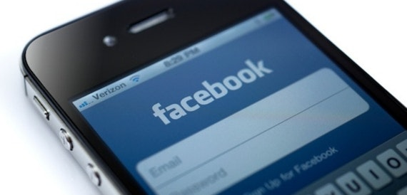 Facebook pulls Messenger from Windows Phone 8