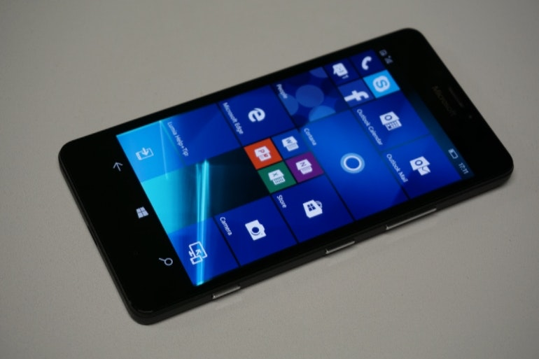 Microsoft Lumia 950 Side