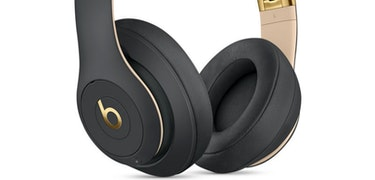 Apple over–ear wireless headphones to feature noise cancelling tech