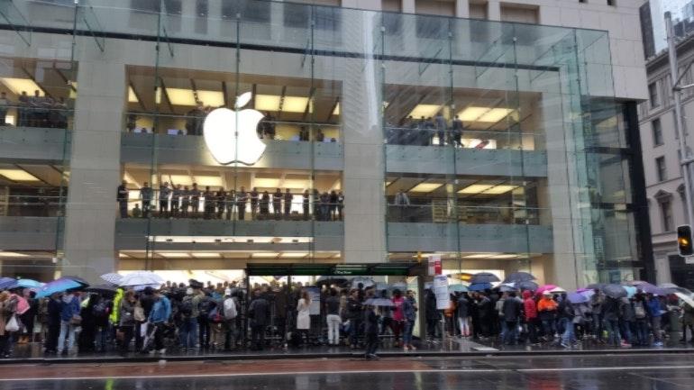 apple store queues