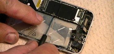 Third party smartphone repairs: everything you need to know