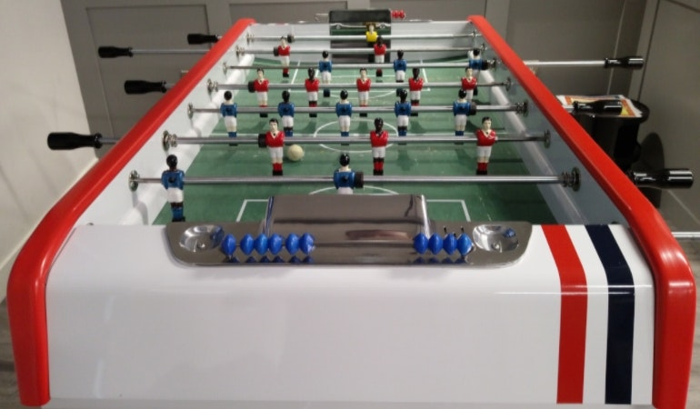 HTC U Play camera sample football