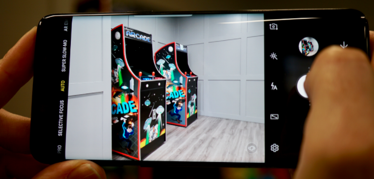 Samsung Galaxy S9 camera arcade game