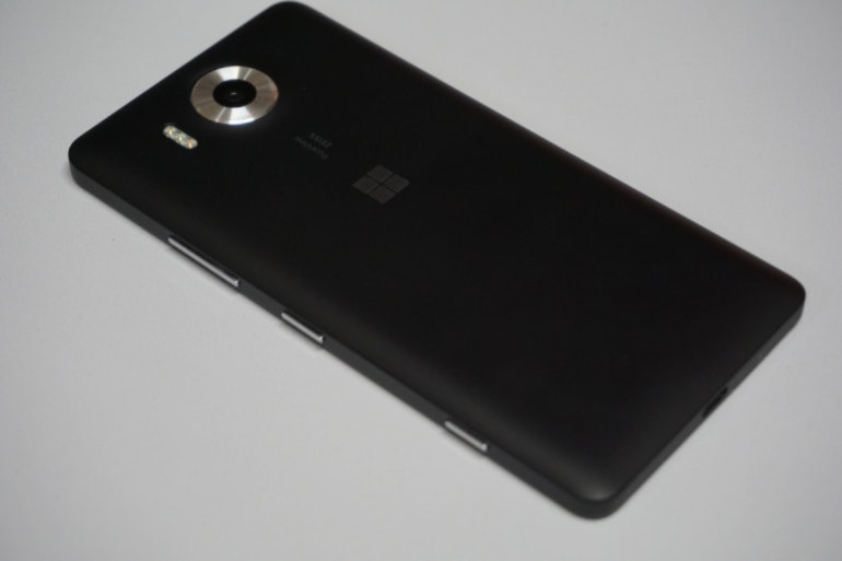 Microsoft Lumia 950 Back