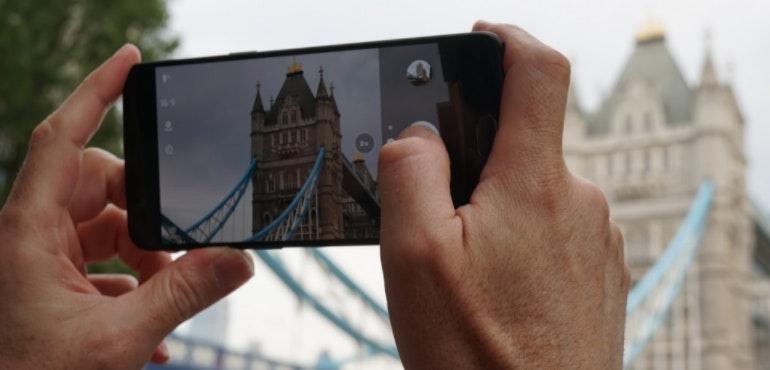 OnePlus 5 camera five things hero image