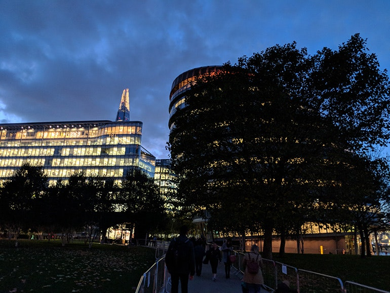 Google-Pixel-2-camera-sample-lowlight-the-Shard