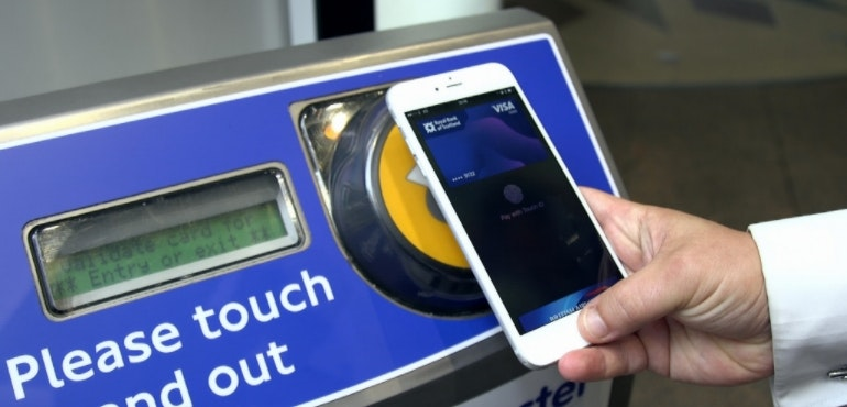 Using smartphone as transport card