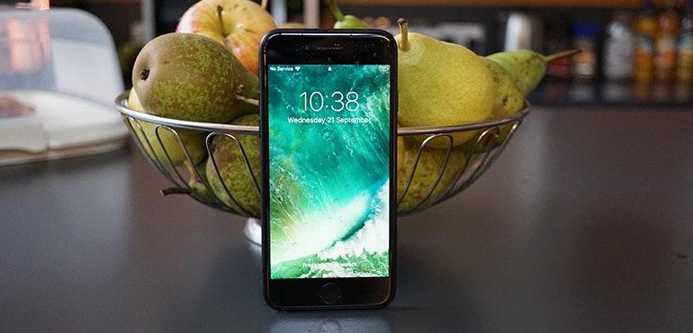iPhone 7 fruit