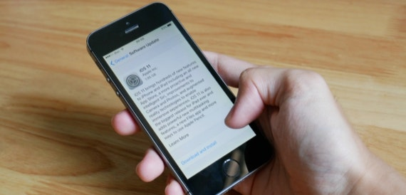 iPhone battery software update: What to expect from the next iOS